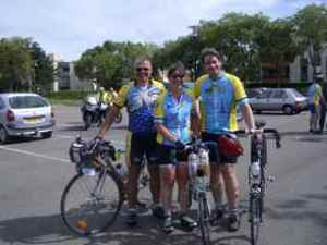 PBP audax finish, Jan-Eric, me & Dave